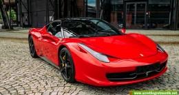 1,5 Milyonluk Ferrari sahibi 1000 liralık sosyal yardıma başvurdu