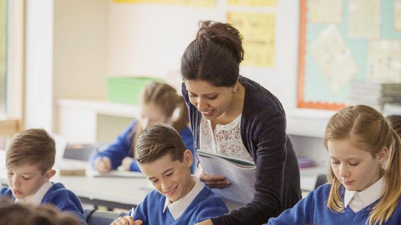 Sözleşmeli Öğretmene Yer Değiştirme Hakkı