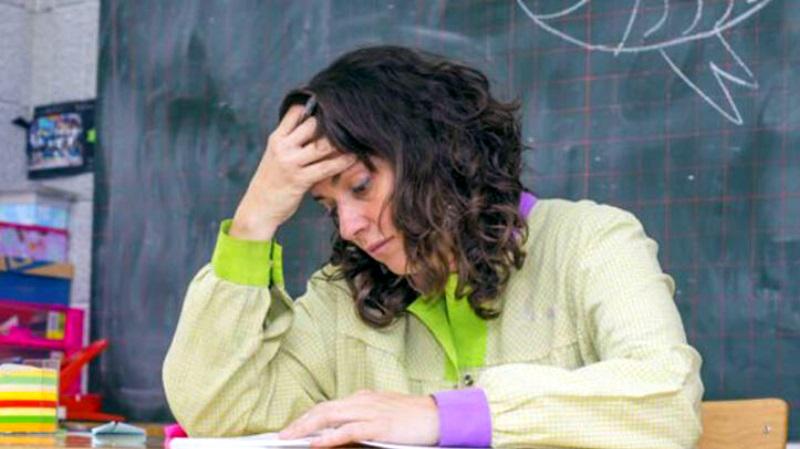 Ücretli Öğretmenin haklarında iyileştirme yapılmalı